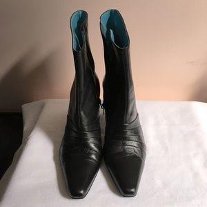 Andrew Stevens heels boots
